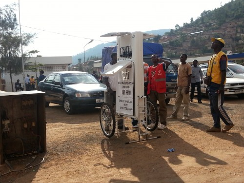 mobile-charging-kiosk-indiegogo